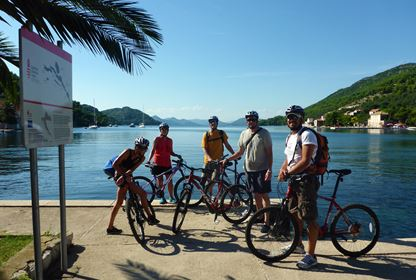 Cycling on Sipan island (1)