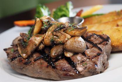 steak sirloin meat beef food fillet tenderloin