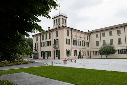 villa lomellini park exterior
