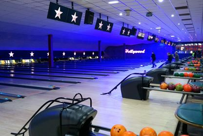 Leeds hollywood bowl indoors